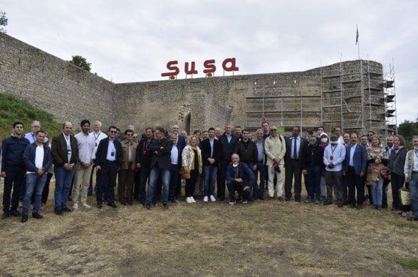 Bezoek Nederlandse ambassadeur in Azerbeidzjan aan bezette Shushi